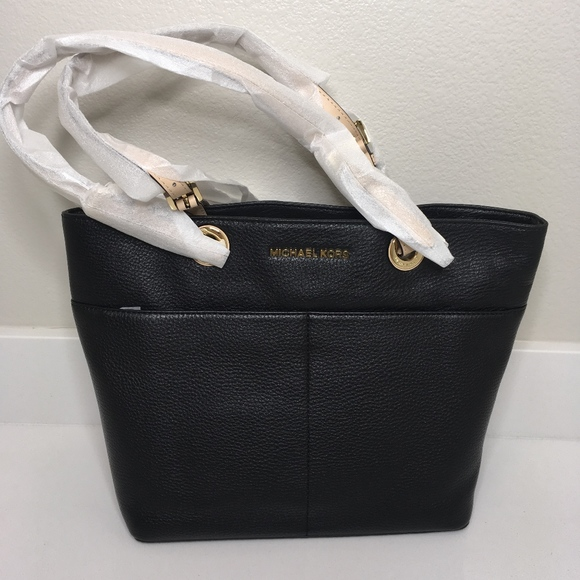 43c554d3d17d Michael Kors Bags | Bedford Black Top Zip Pocket Tote | Poshmark
